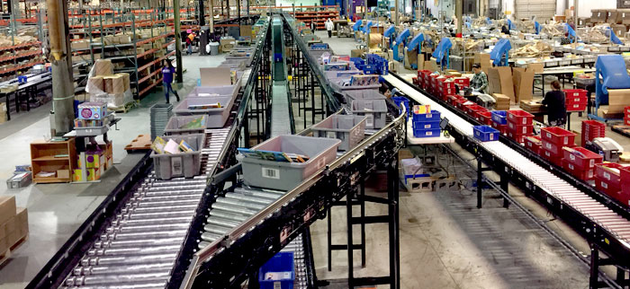 conveyor system in direct to customer order fulfillment operation