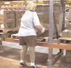 Lowest level pallet rack beam for ergonomics