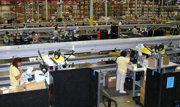 returns center picking operation