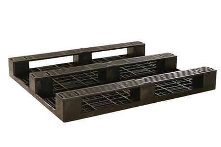 3-Runner bottom of smooth deck pallet