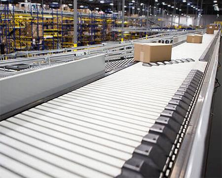 shoe sorter conveyor system in a distribution center