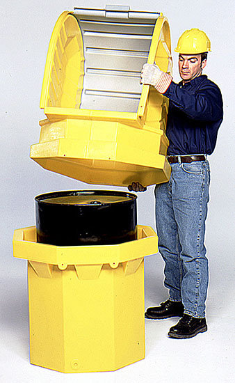 Lockable hard-top easily fits over drum after drum has been lifted into the sump container