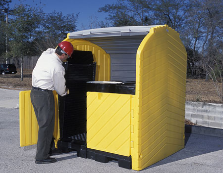 Simply remove ramp from stored position and place in front of drum storage compartment