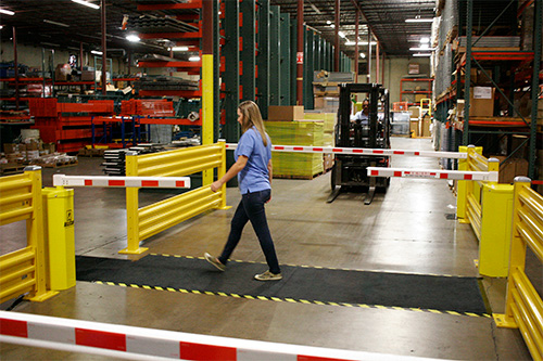 Forklift Aisle Safety System Gates Options Amp Accessories