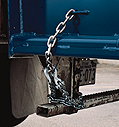 safety chains under steel yard ramp