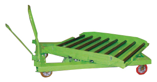 Delivery cart with conveyor rollers and rotating deck