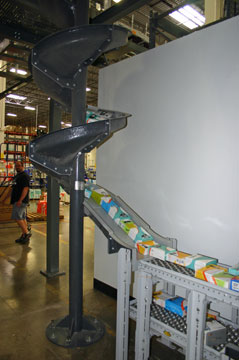 Gravity chute in a warehouse