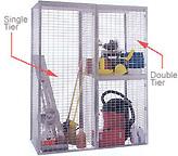 Wire mesh bulk locker