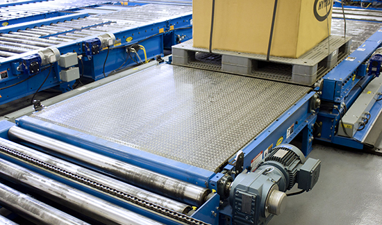 PLEZD plastic belt pallet conveyor