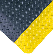 UltraSoft Diamond-Plate Beveled  Black w/Yellow Borders 15/16in x 2ft x 3ft