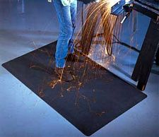 WeldSafe Beveled Black Mat: 1/2in x 3ft x 5ft