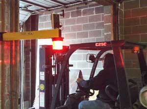 Dock Forklift Traffic Light - Wall Mounted, 1 Exterior Dock Door