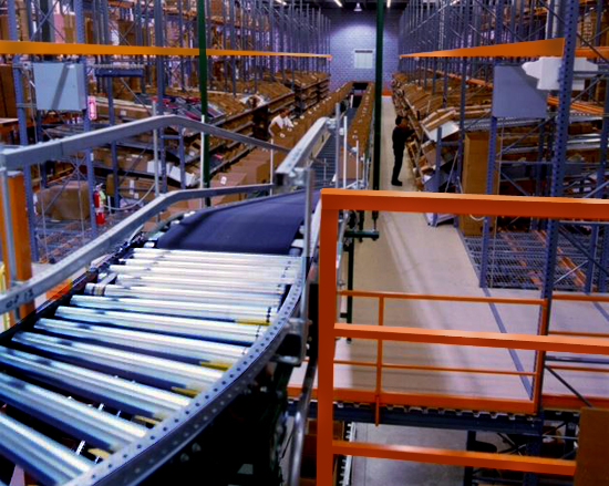 Pick module conveyor line