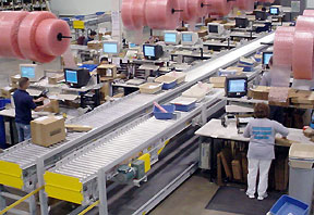 Packing operation with conveyor lines